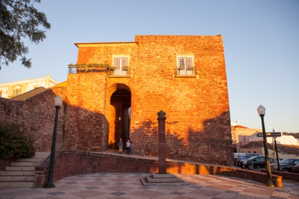 Porta Almedina-4