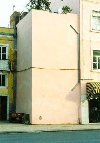 torre rebocda muralhas medievales setubal sipa-2