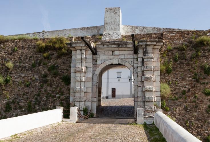 Porta Évora