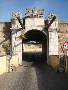 Porta Olivenza 1