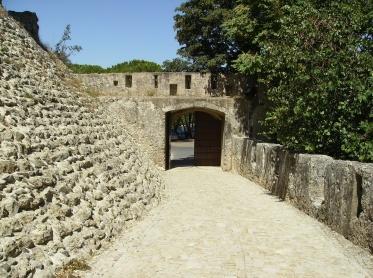 Porta Santiago