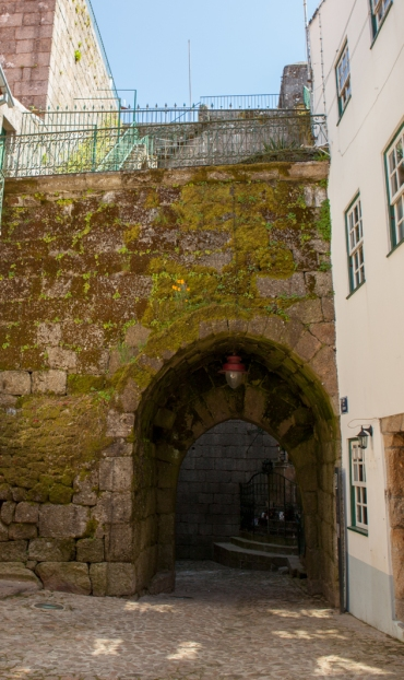 Porta dos Ferreiros