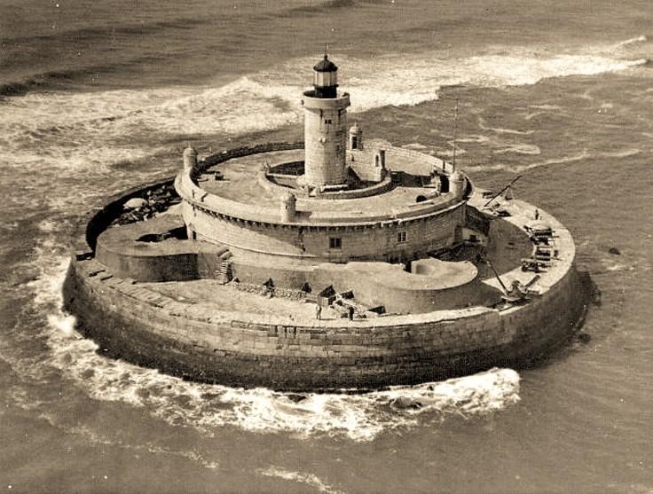 Torre do Bugio, vista aérea,1930-1932, foto de Manuel Barros Marques