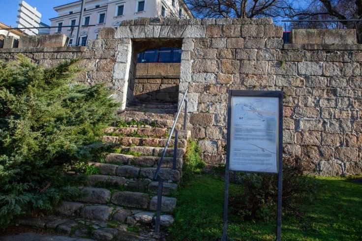 Puerta del Clavo-2